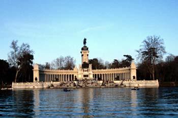 Monumento a Alfonso XII, Parque del Retiro, Madrid