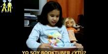 BOOKTUBER LAURA 3