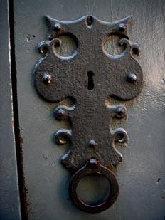 Cerradura con tirador