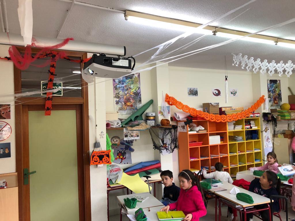 2018_20_30_Tercero disfraza el aula de Halloween...CEIP FDLR_Las Rozas 2