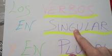 Los verbos en singular y en plural