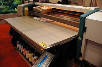 Impresora de chorro de tinta para soportes rígidos