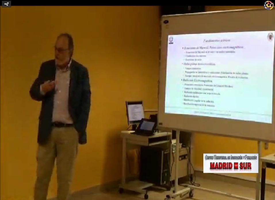 Curso: Campos electromagnéticos. Ponente D. José J