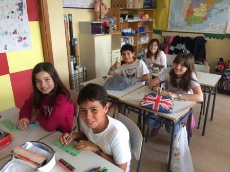 2017_04_21_JORNADAS EN TORNO AL LIBRO_TALLER MARCAPAGINAS_QUINTO 7