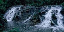 Corriente de un río