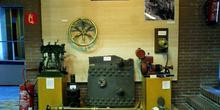 Elementos de propusión mecánica de una embarcación, Museo Maríti