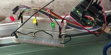 Montaje en arduino uno de sensor de temperatura y diodos LED