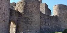 Entrada principal al castillo, Huesca