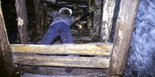 Mina imagen: Taller de arranque o explotación del carbón vertica