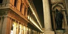 Lateral Plaza de San Marco, Venecia