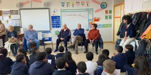 Nuestros abuelos en clase. 4