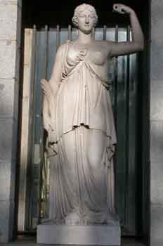 Escultura de Niké, diosa griega de la victoria