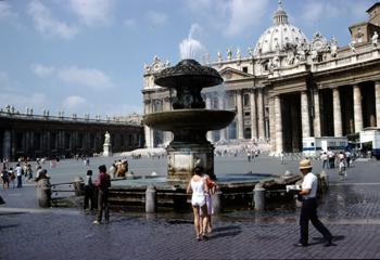 Plaza de San Pedro, Ciudad del Vaticano, Italia