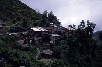 Casas en las afueras de Darjeeling, India