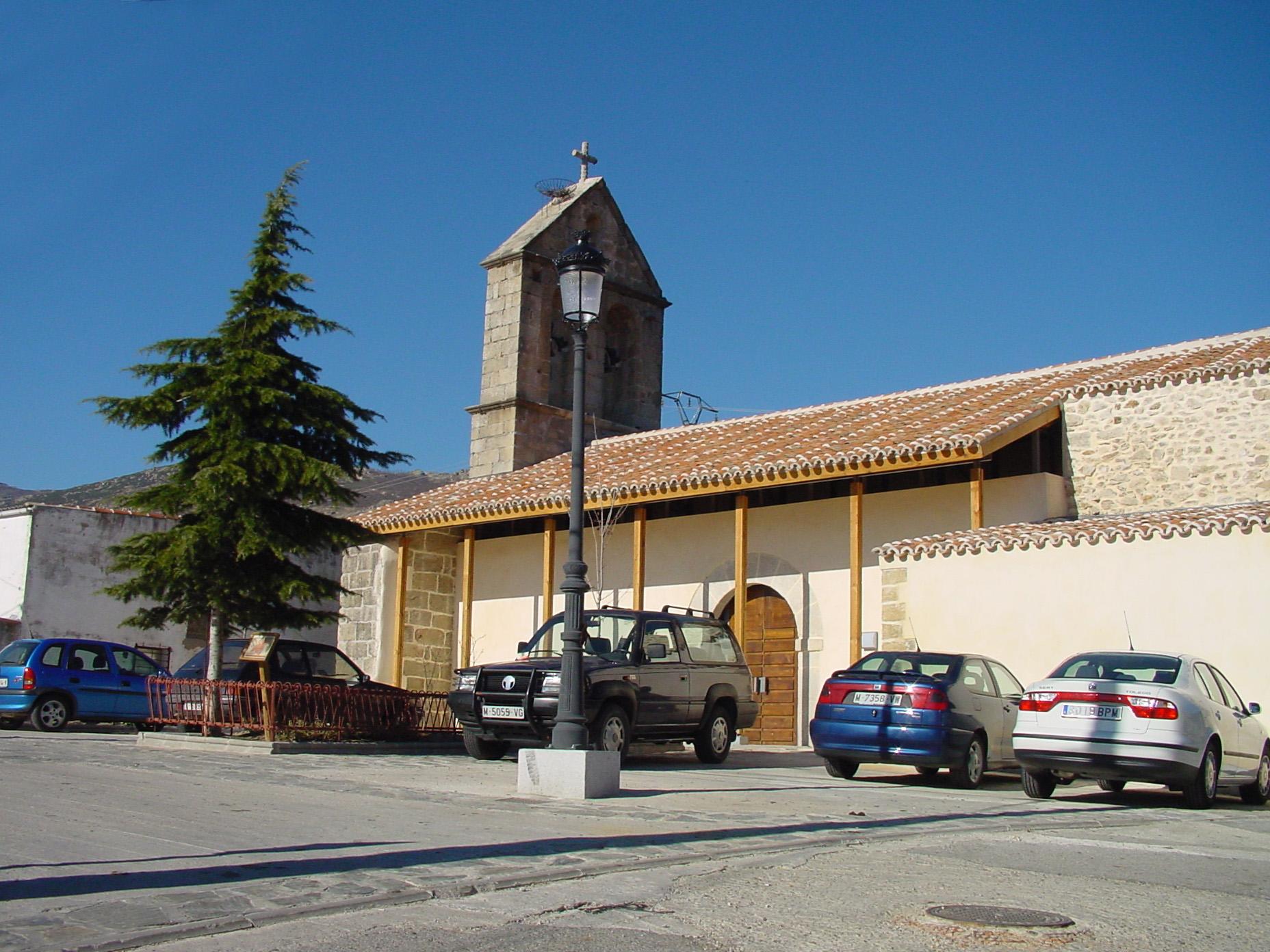 Iglesia de San Bartolomé en Navalafuente