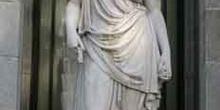 Estatua clásica