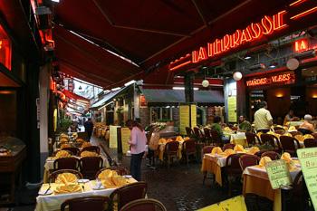Rue des Bouchers, Bruselas, Bélgica