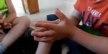 Choco con un dedo