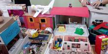 Hospital móvil: preparación de la presentación, maquetas y exposición en el centro (Fundación Créate)