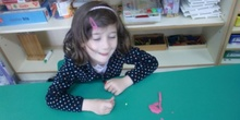 Las Abejas construyen las letras P y S 4