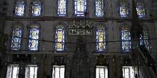 Sala para rezar en Fatih Camii, Estambul, Turquía