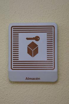 Cartel: Almacén