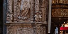 Detalle de una columna, Catedral de ávila, Castilla y León