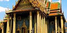 Vista lateral de edificio con planta de cruz, Bangkok, Tailandia