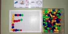 Seminario:material manipulativo para infantil y primaria adaptado a alumnos con T.E.A. 63