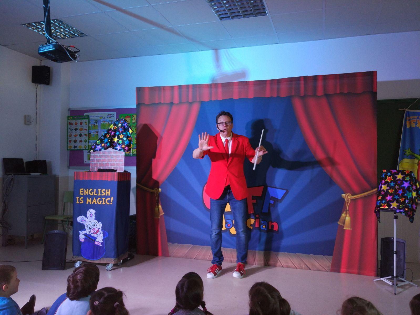 Cliff Magician