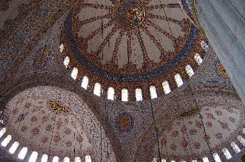 Detalles de bóvedas y cúpulas decoradas, Mezquita Azul, Estambul