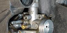 Ciclomotor. Carburador