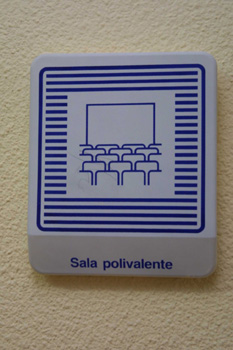 Cartel: Sala Polivalente