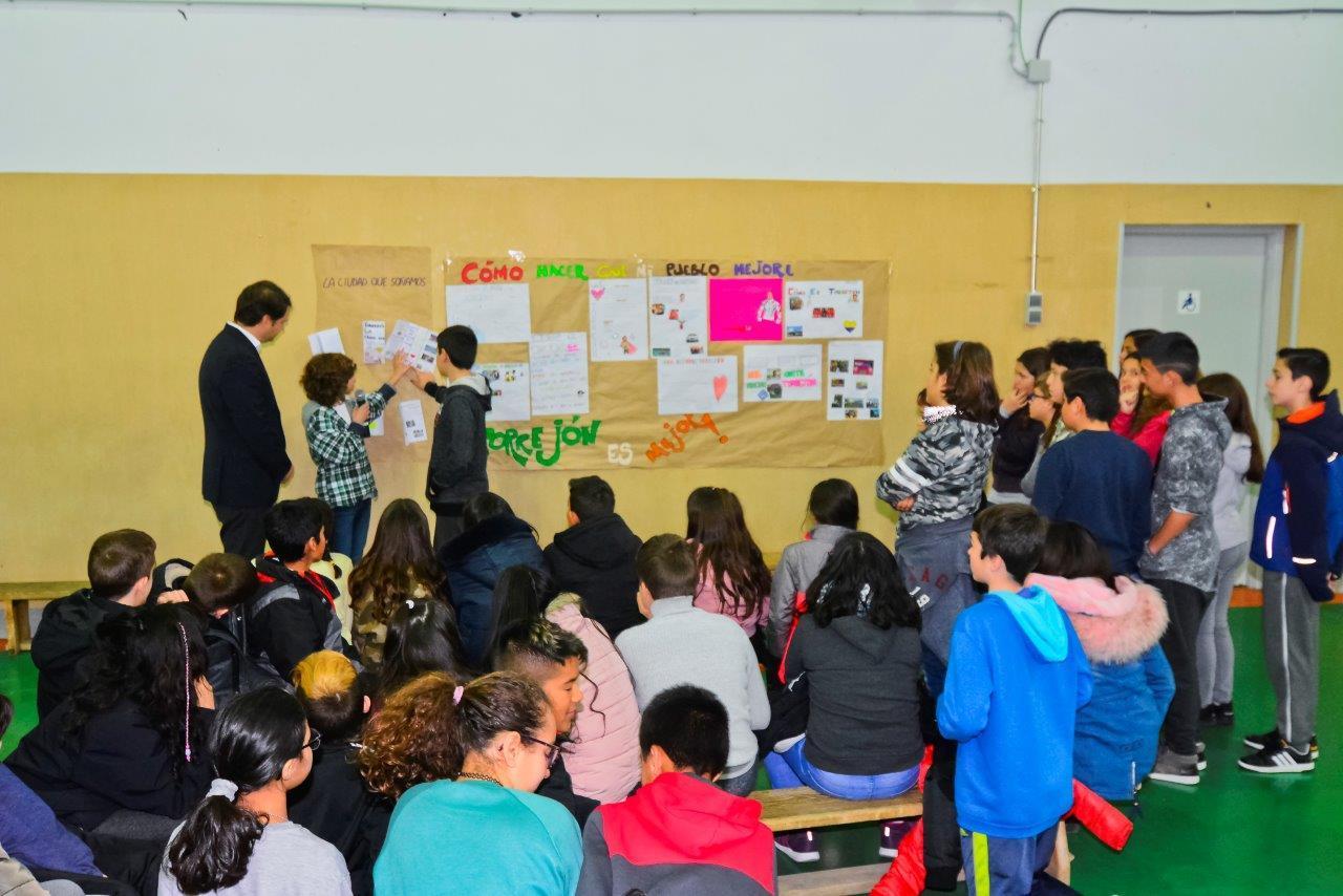 Visita del Alcalde de Torrejón de Ardoz al CEIP Andrés Segovia 7