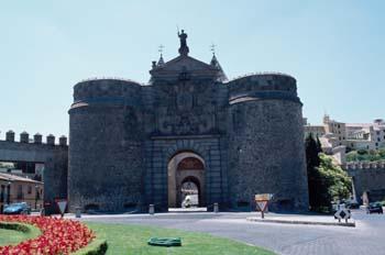La Puerta Nueva de Bisagra, Toledo