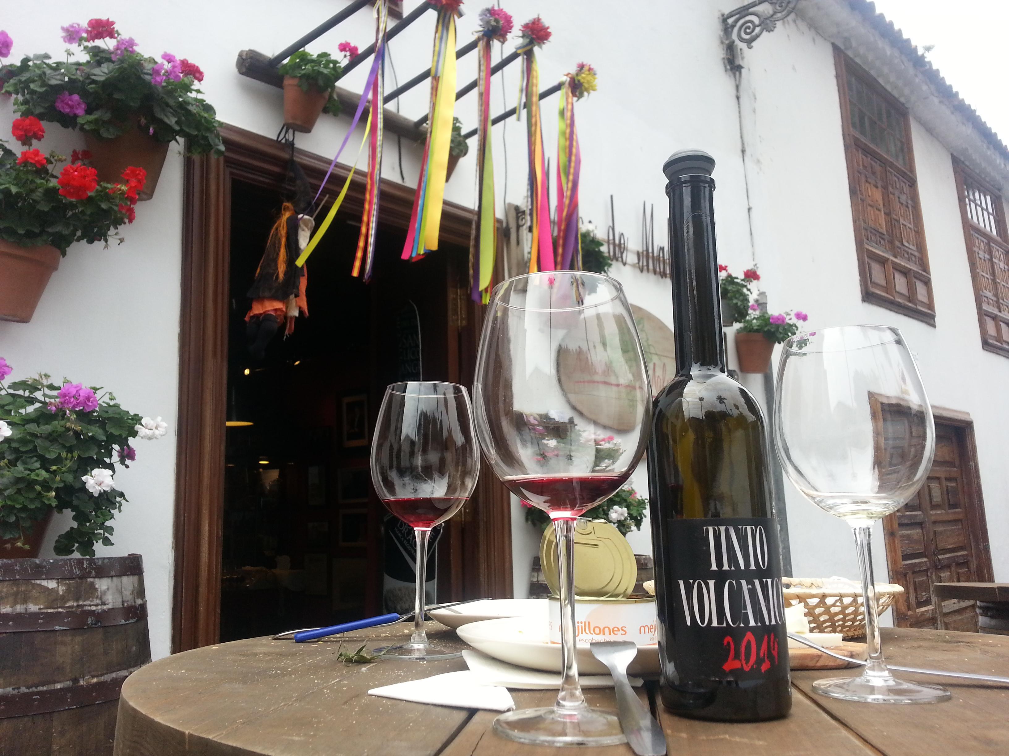 Vino Volcánico