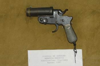 Pistola de señales Beretta-Brescia, Museo del Aire de Madrid