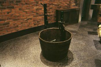 Lavadora manual de botellas de sidra, Museo de la Sidra de Astur