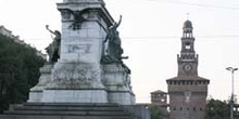 Estatua de Garibaldi y Castello Sforzesco, Milán