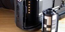 Código DX, chasis y lector de una cámara fotográfica