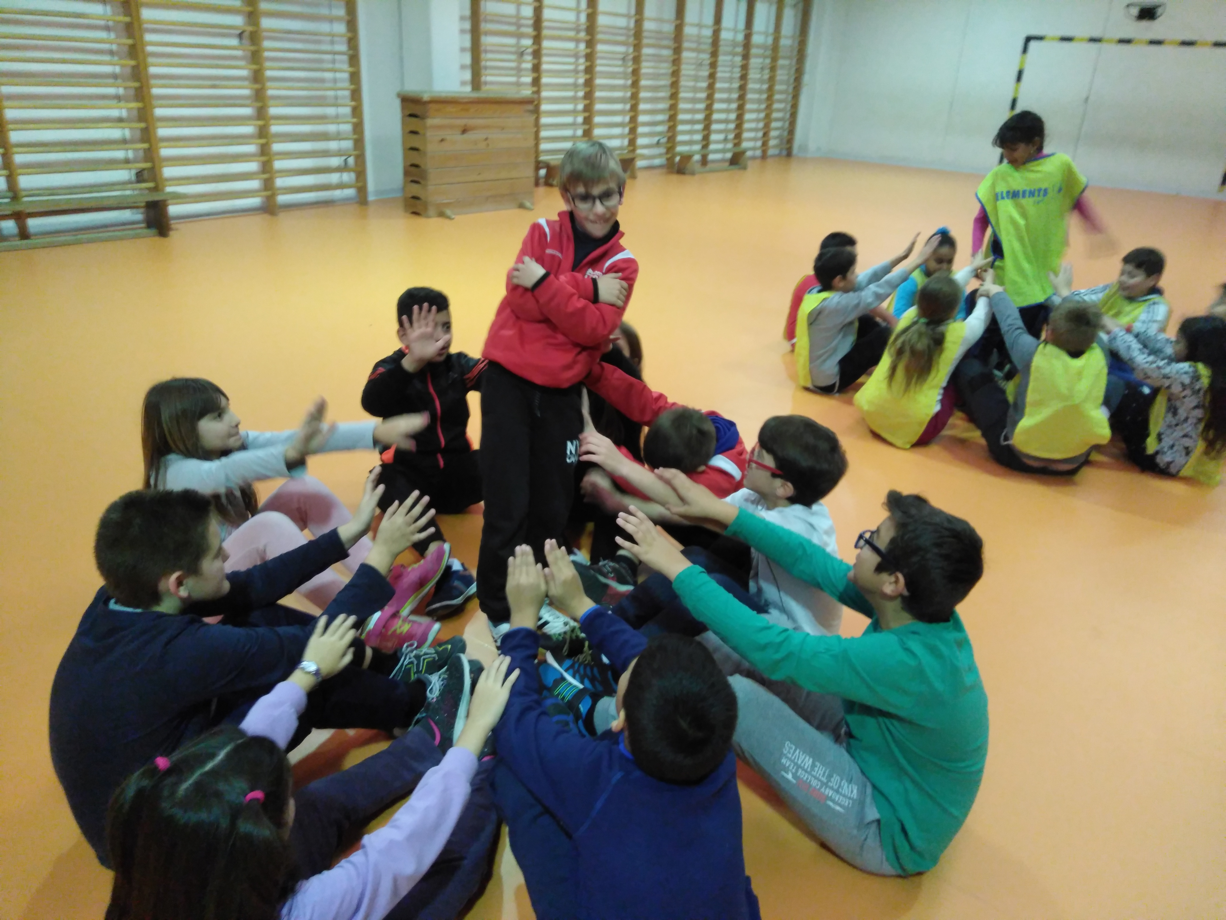 Convivencia en Educación física 24