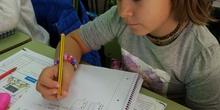Aprendemos nuestro nombre en Braille 14