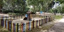 La pandemia en los parques infantiles 4