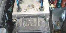 ABS Bosch 5. Bloque hidráulico y calculador