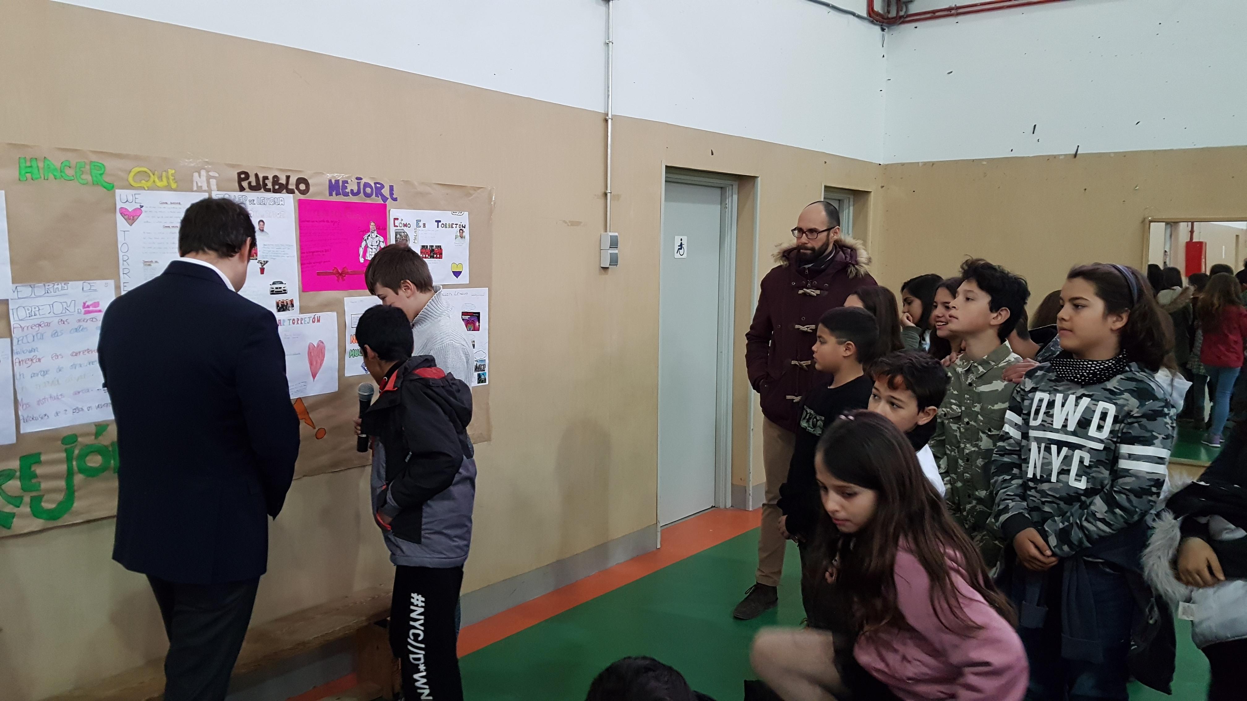 Visita del Alcalde de Torrejón de Ardoz al CEIP Andrés Segovia 5