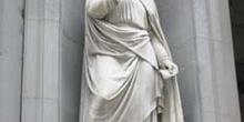 Estatua de Petrarca, Florencia