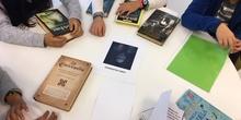 "Visita Biblioteca ""Luis Rosales"". 5º B 8"