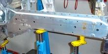 Ensamblado de larguero de aluminio con remaches