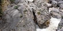 Manantial en la montaña