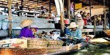 Puesto de mercado flotante, Bangkok, Tailandia